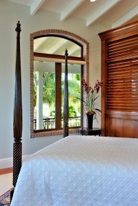 The Tides - bedroom
