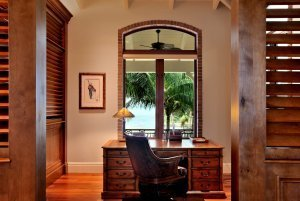The Tides - Office desk