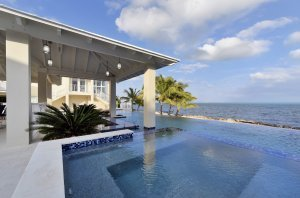 Key Largo Modern - Pool