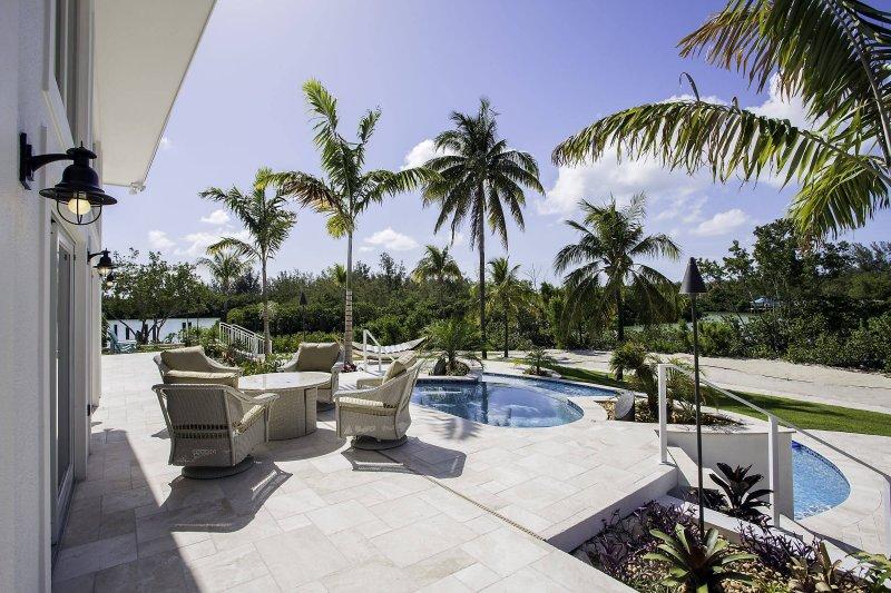 Casa de Artista - Pool, Outdoor Dining