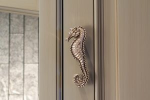 Lands End - Seahorse Hardware Detail